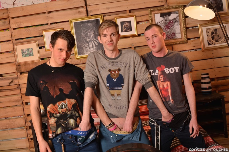 Spritzz-Bottom-boy-Harley-Sinn-teenboy-asshole-fucked-buff-dude-Dylan-Thorne-Milo-Taylor-XL-huge-twink-cock-anal-rimming-cocksucker-004-gay-porn-sex-gallery-pics-video-photo