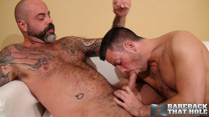 bareback that hole  Scotty Rage and Nick Tiano