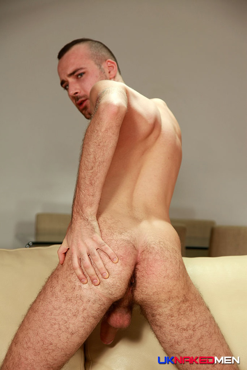 Handsome Sexy Hung Irish Guy Sam Syron Oozes Sex - Horny -2259