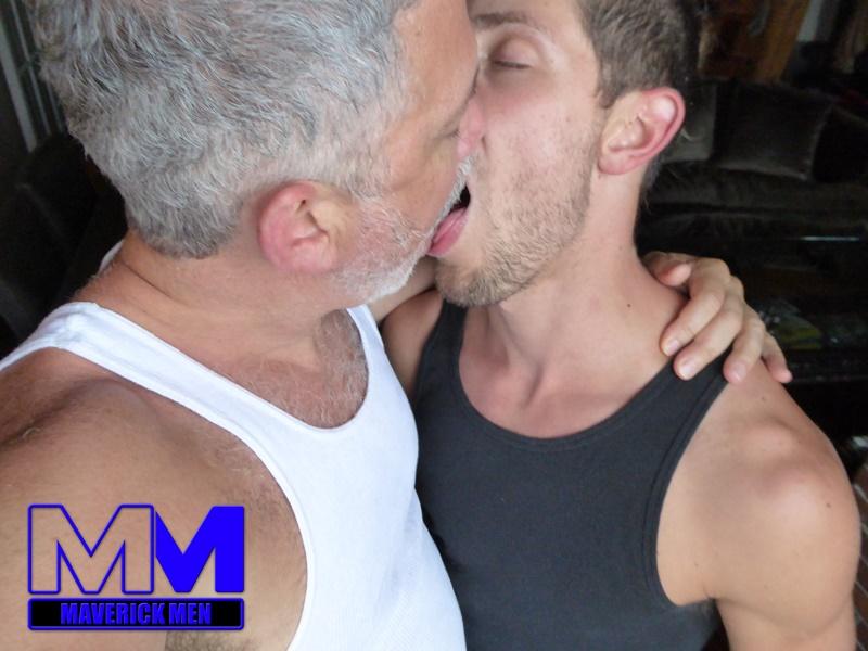 maverickmen-maverick-men-blonde-long-hair-nude-dude-anthony-anal-fucking-fingering-asshole-cum-bucket-jizz-eating-002-gay-porn-sex-gallery-pics-video-photo