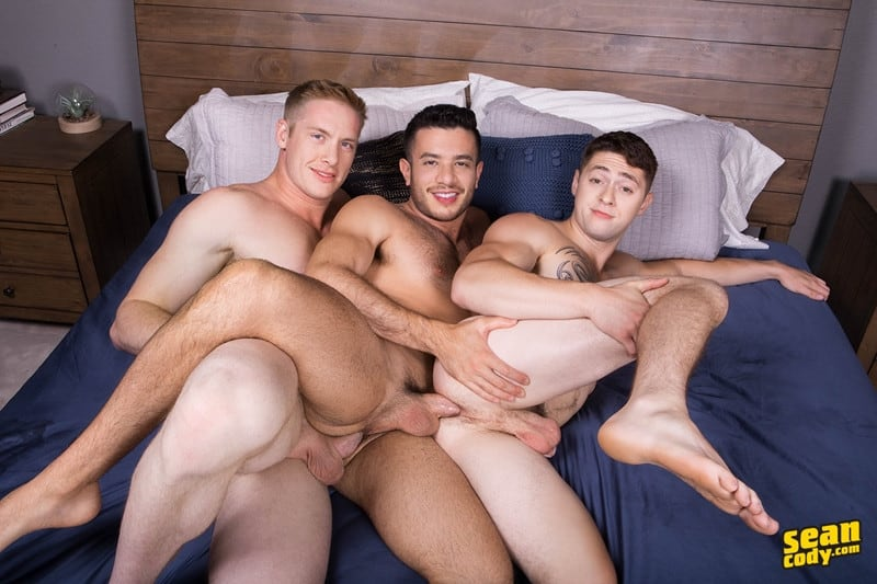 Men for Men Blog SeanCody-Jax-Manny-Lane-bareback-ass-fucking-threesome-big-thick-muscle-dicks-sucking-008-gay-porn-pictures-gallery Jax, Manny and Lane bareback ass fucking threesome Sean Cody