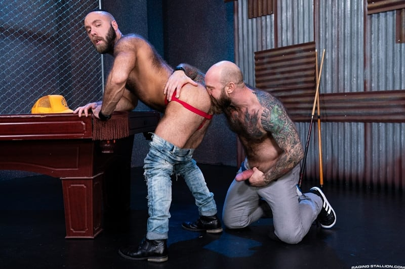 Men for Men Blog Teddy-Bear-fucked-Jack-Dixon-Hairy-muscle-hunks-huge-hard-cock-RagingStallion-001-gay-porn-pictures-gallery Hairy muscle hunks Teddy Bear fucked by Jack Dixon huge hard cock Raging Stallion