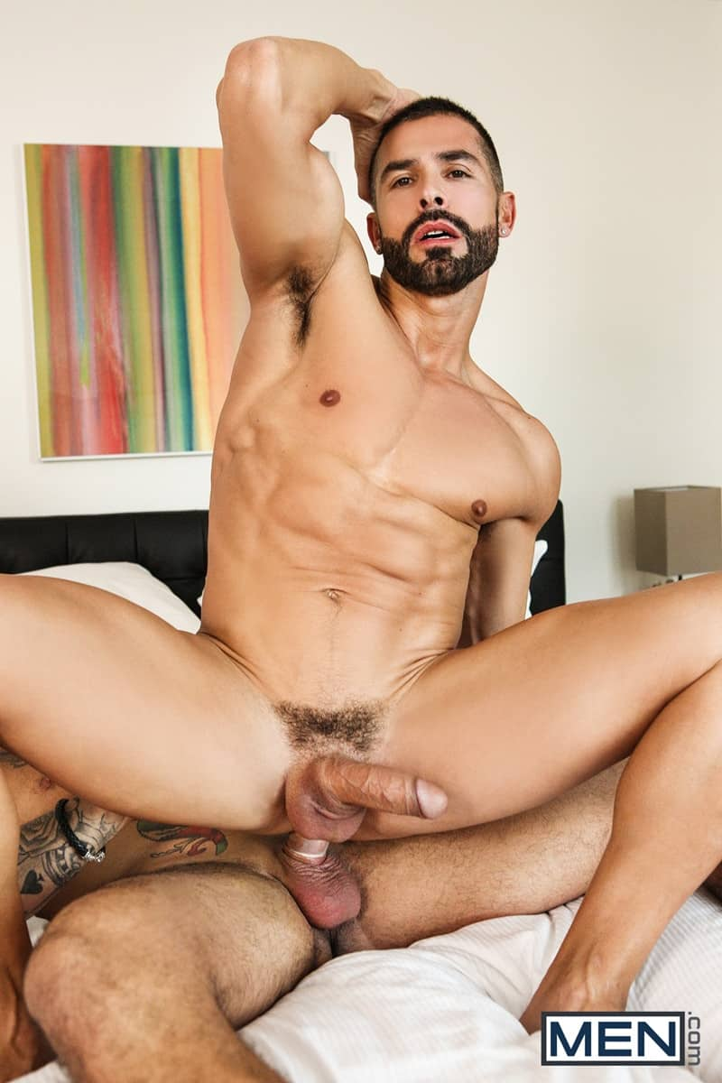 Men for Men Blog D-O-Ryan-Bones-big-muscle-hunk-blowjob-sucking-huge-hard-cock-deep-throat-Men-014-gay-porn-pictures-gallery Dark-haired D.O. gives Ryan Bones the best blowjob of his life sucking his hard cock deep down his throat Men