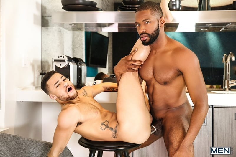 Men for Men Blog Beaux-Banks-Lawrence-Portland-Muscular-hottie-fucks-hot-bubble-ass-anal-rimming-Men-018-gay-porn-pictures-gallery Muscular hottie Lawrence Portland fucks the hot bubble ass of Beaux Banks Men