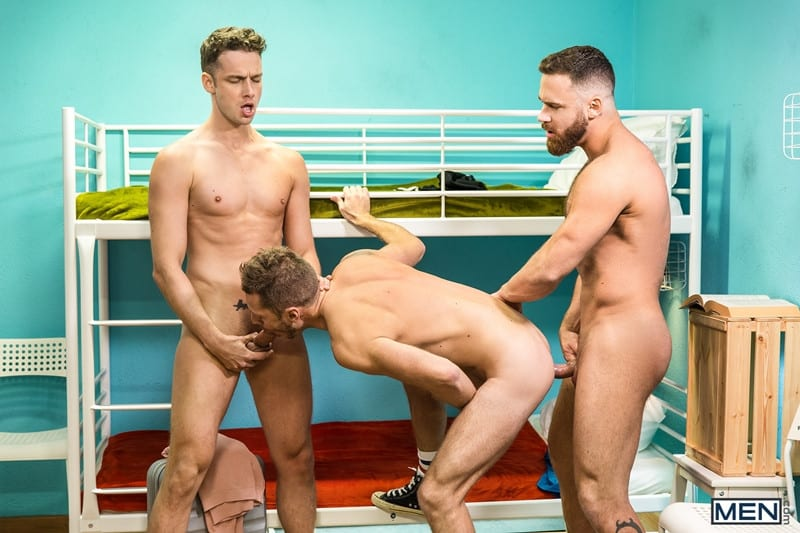 Men for Men Blog Gay-Porn-Pics-015-Mars-Gymburger-Logan-Moore-Damon-Heart-rim-hungry-bottom-fuck-big-hung-cock-Men Mars Gymburger slips in to rim Logan Moore's hungry bottom and fuck him with his big hung cock before Damon Heart returns to pick up where he left off Men